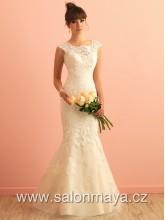 2afed1530a0d VÝPRODEJ 9900Kč - Svatební šaty Allure střihu mořská panna s lodičkovým  výstřihem