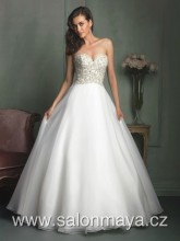 VÝPRODEJ 9900Kč - Korzetové šaty s bohatou sukní 1010233dd9